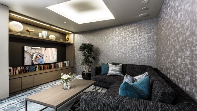 Communal lounge at Somerset Azabu East Apartments - Citybase Apartments