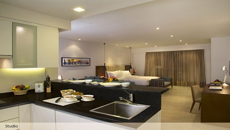 Equipped kitchen in Oakwood Residence Prestige Whitefield Bangalore - Citybase Apartments