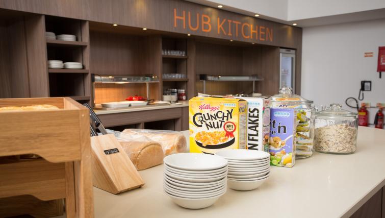 Communal kitchen in Staybridge Suites Birmingham - Citybase Apartments