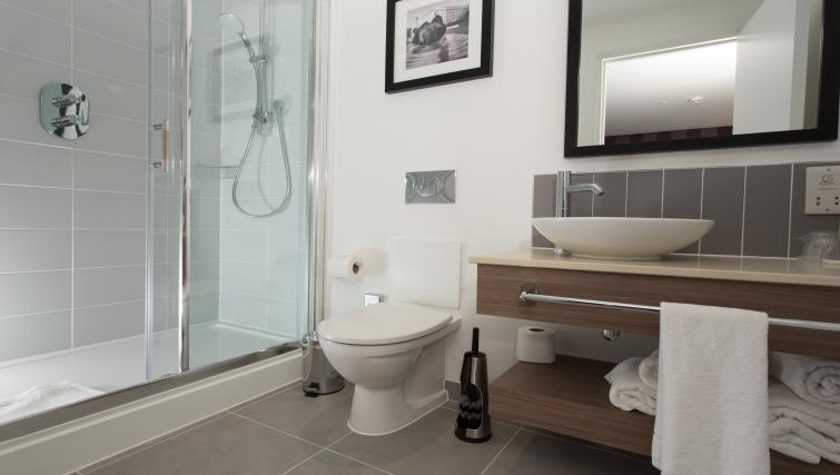 Bathroom in Staybridge Suites Birmingham - Citybase Apartments