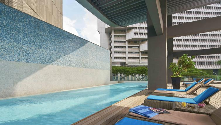 Swimming pool at Pan Pacific Serviced Suites Orchard, Singapore - Citybase Apartments