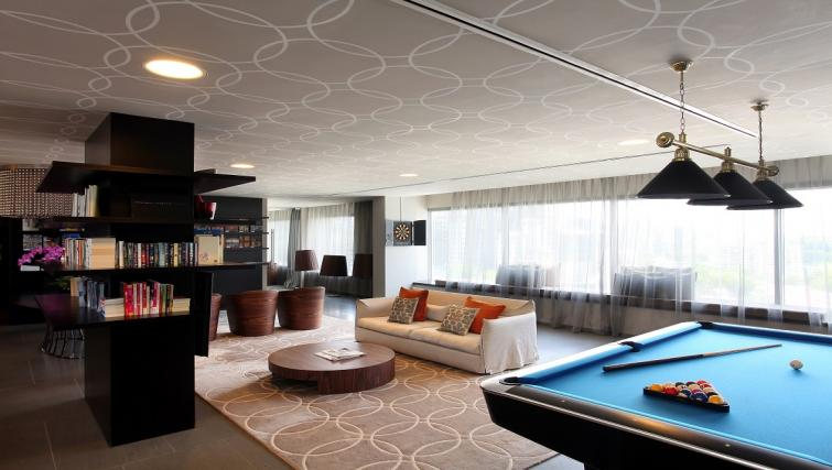 Lounge at Pan Pacific Serviced Suites Orchard, Singapore - Citybase Apartments