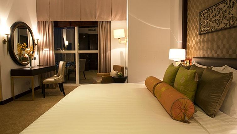 Double bedroom at Dusit Thani Dubai Apartments - Citybase Apartments
