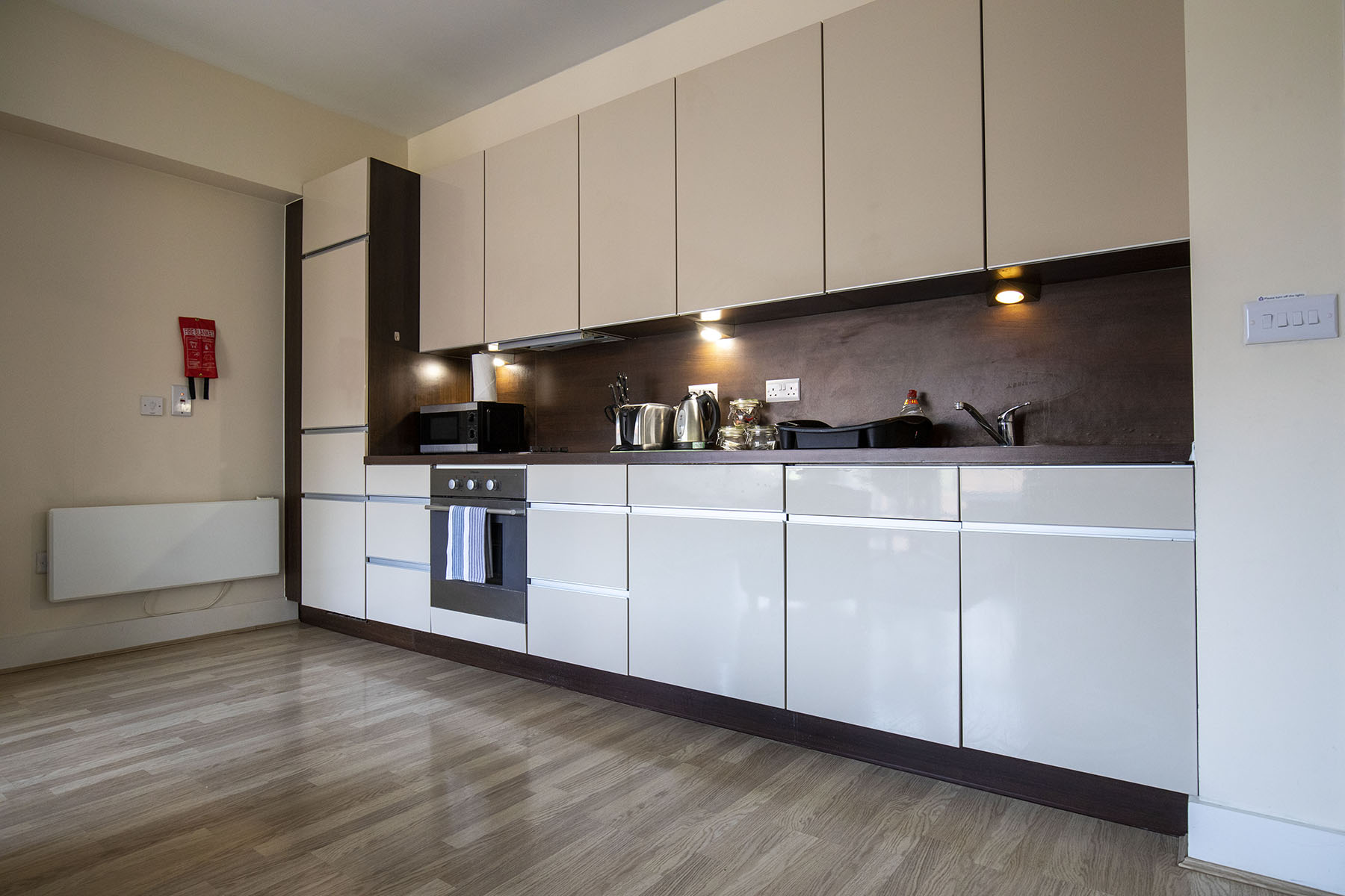 Kitchen at Flexi-Let Skyline Plaza Apartments, Centre, Basingstoke - Citybase Apartments