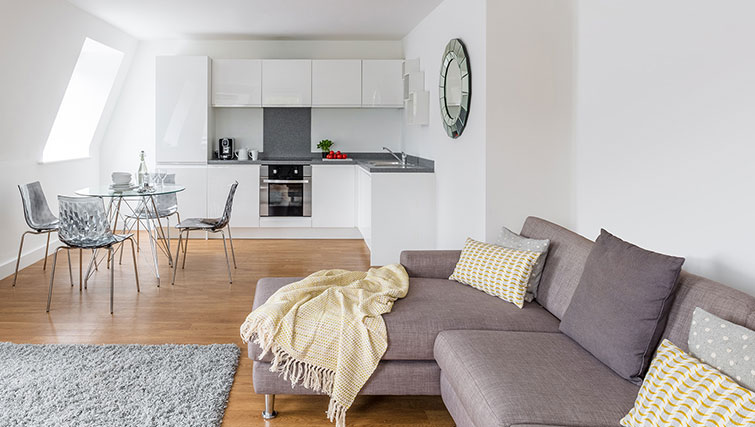 Sofa in SACO Manchester - Piccadilly - Citybase Apartments