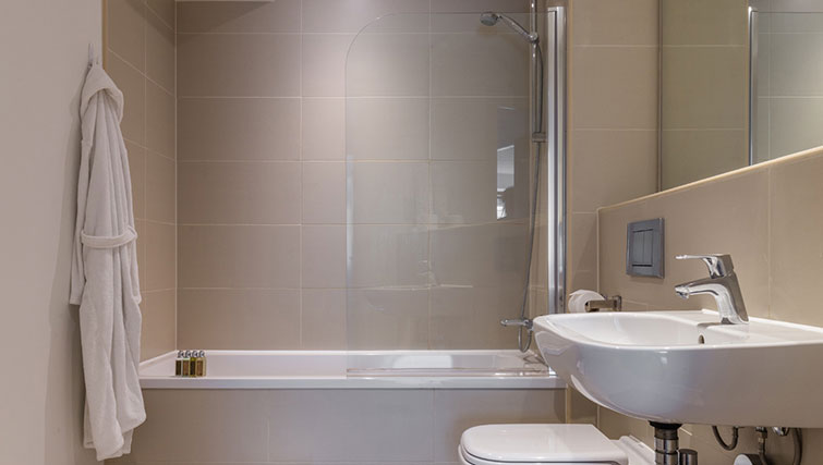 Bath in SACO Manchester - Piccadilly - Citybase Apartments