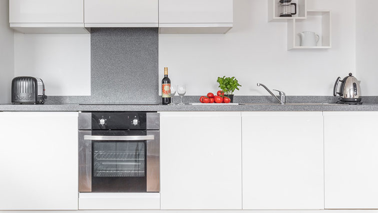 Modern kitchen in SACO Manchester - Piccadilly - Citybase Apartments