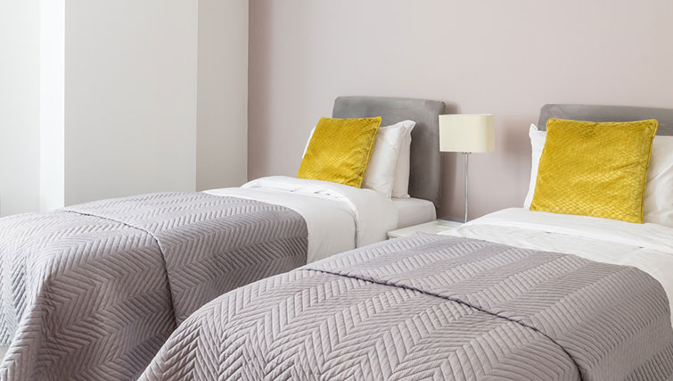 Twin beds in SACO Manchester - Piccadilly - Citybase Apartments