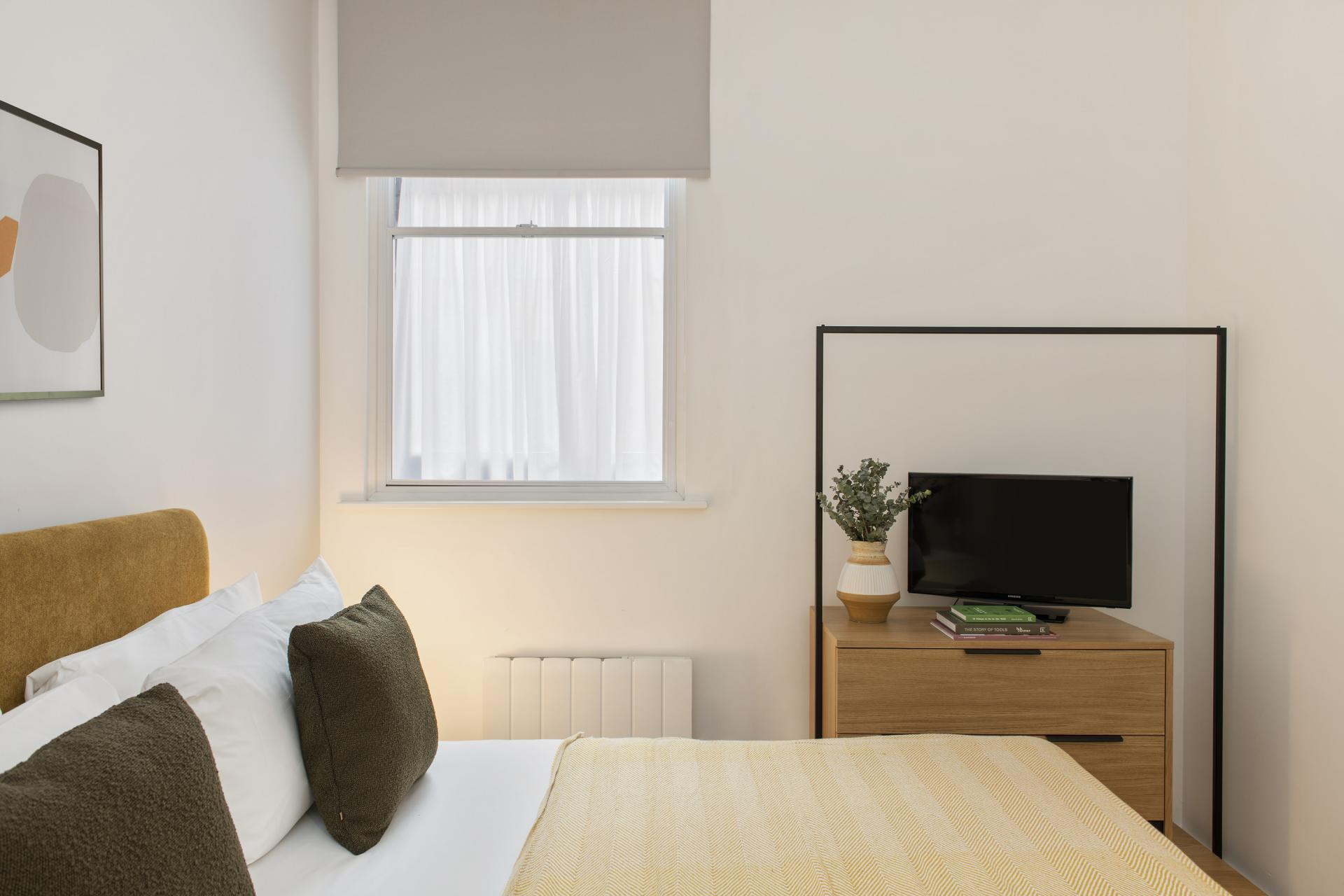 Bedroom at Cove Minshull Street, Piccadilly, Manchester - Citybase Apartments