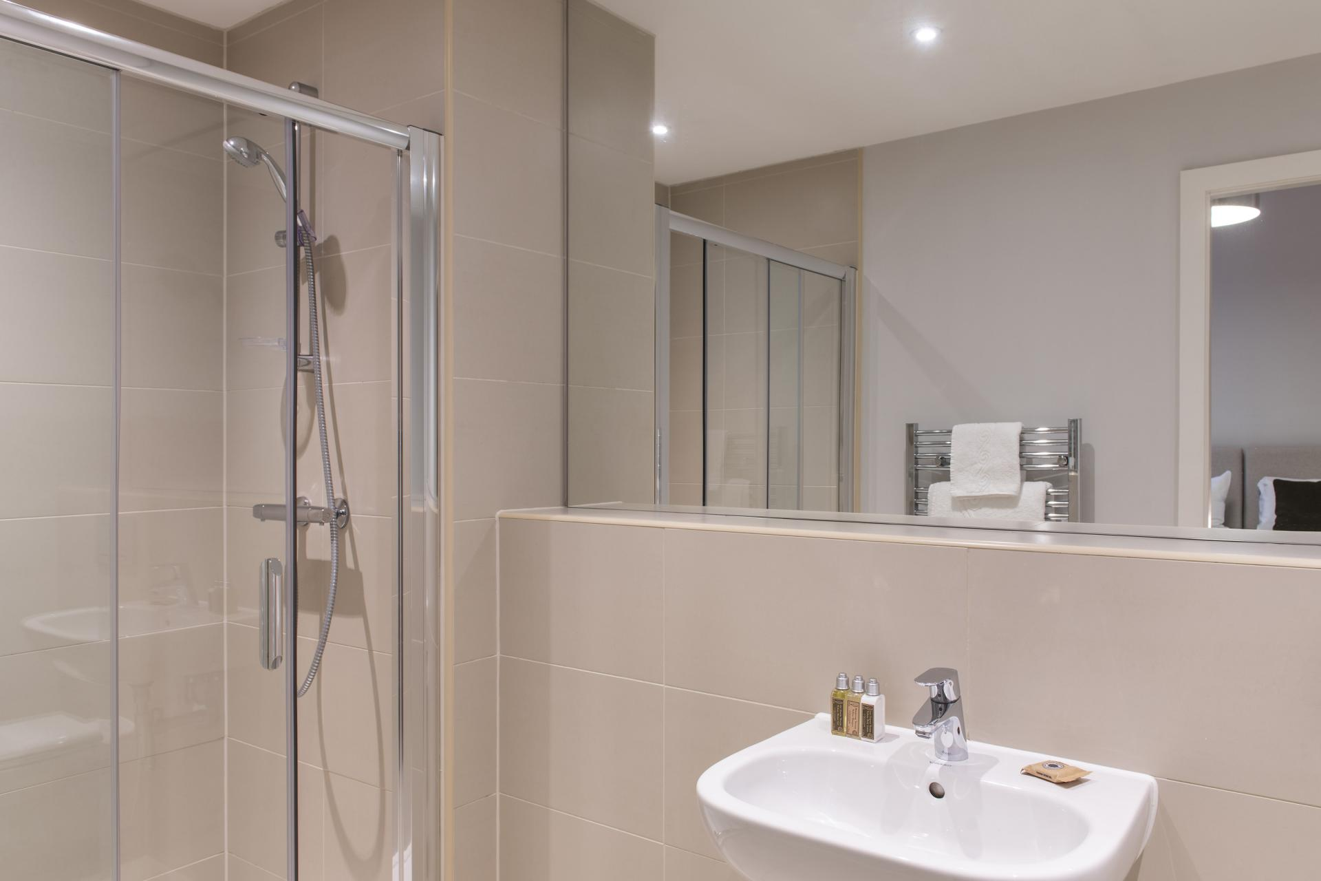 Shower at Cove Minshull Street, Piccadilly, Manchester - Citybase Apartments