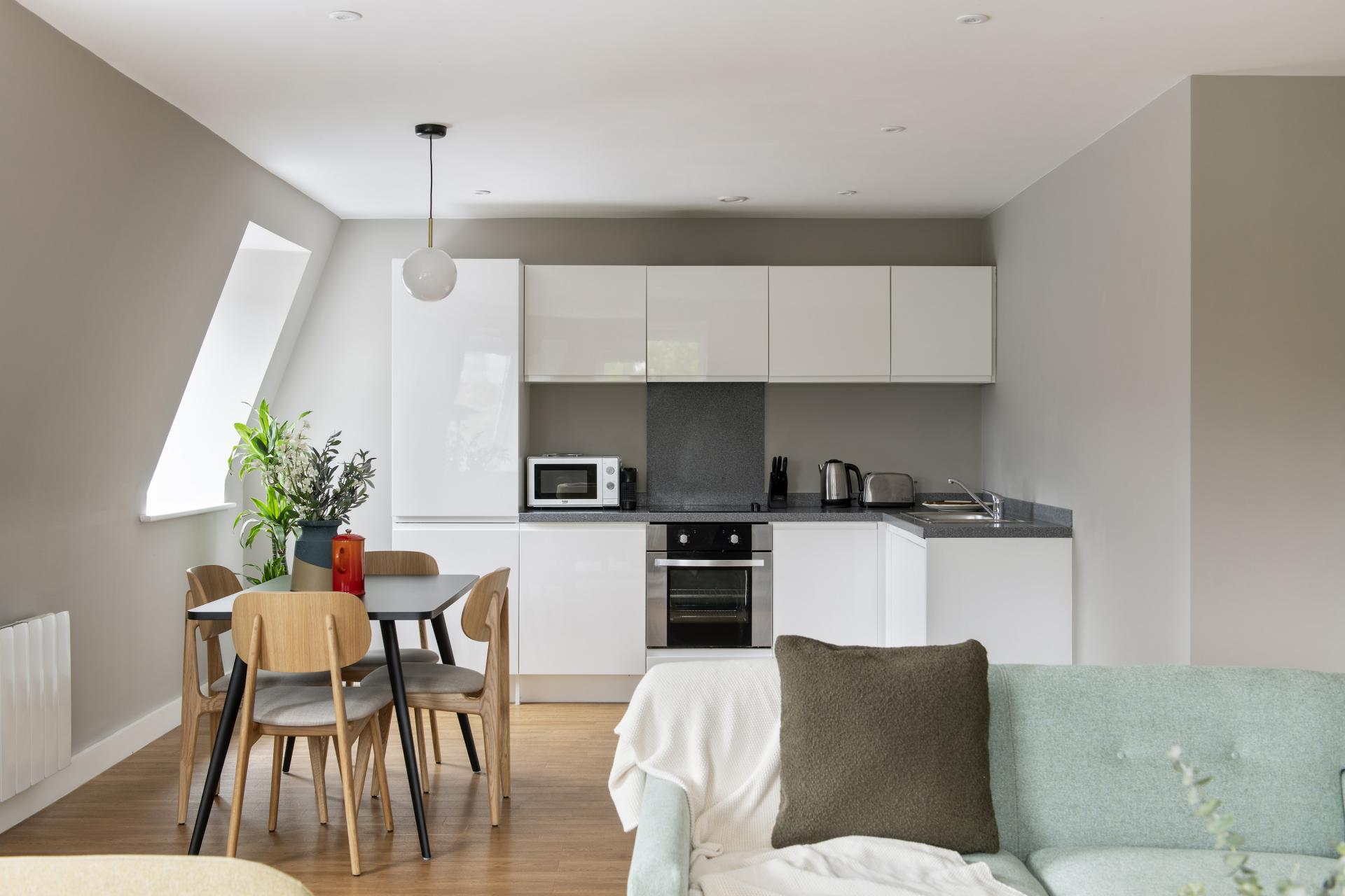 Open-plan living at Cove Minshull Street, Piccadilly, Manchester - Citybase Apartments