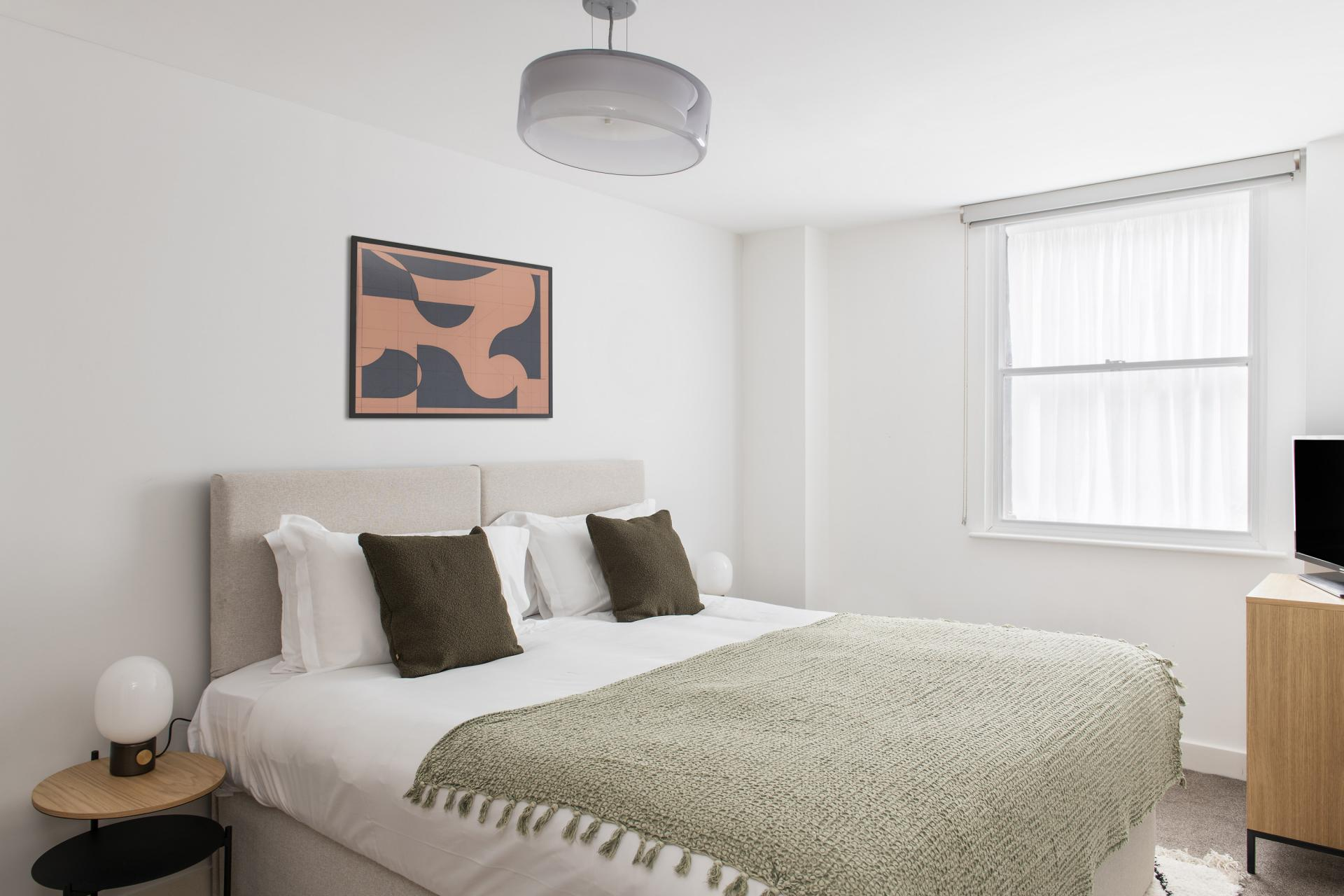 Bed at Cove Minshull Street, Piccadilly, Manchester - Citybase Apartments