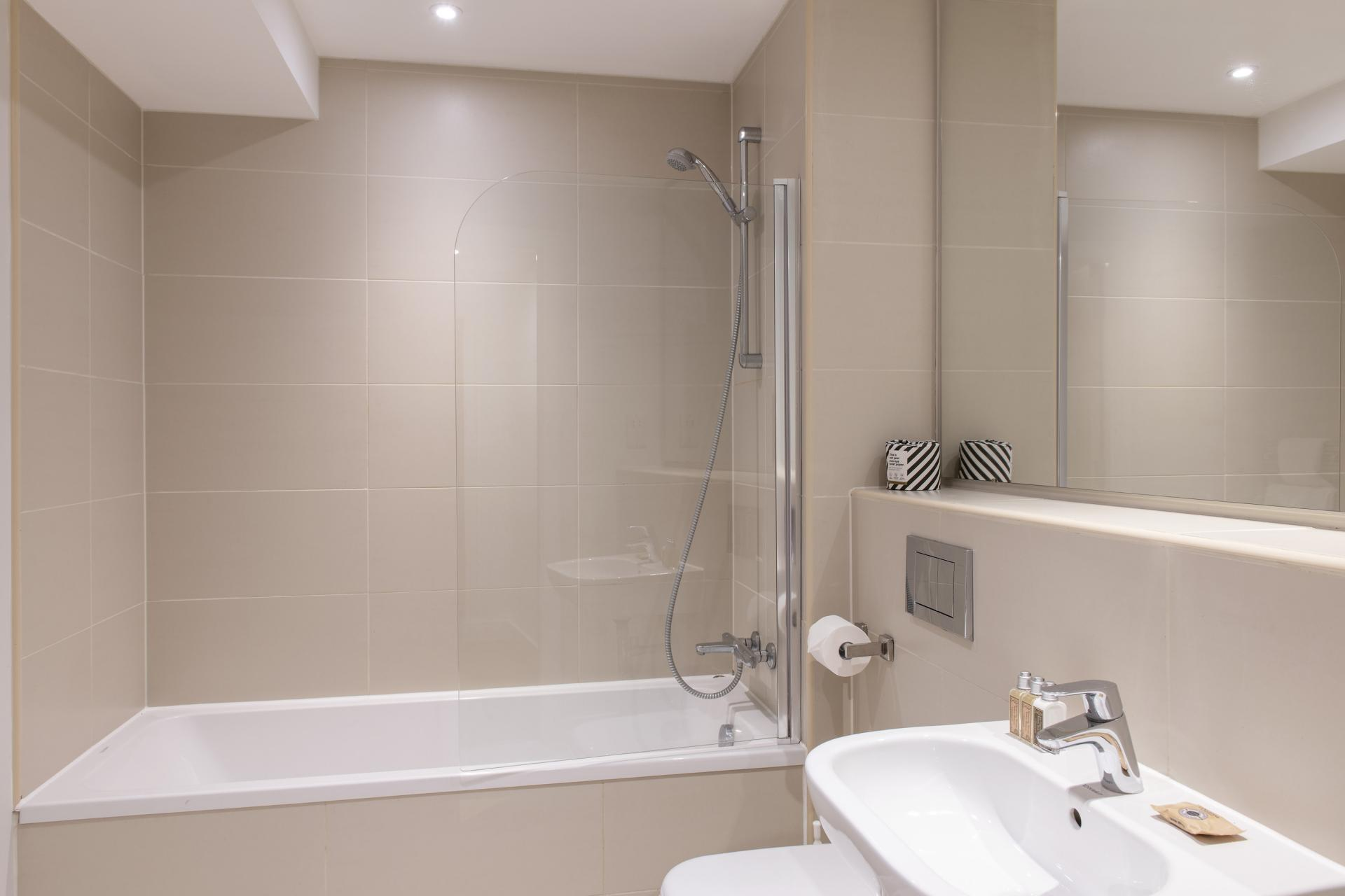 Bathroom at Cove Minshull Street, Piccadilly, Manchester - Citybase Apartments