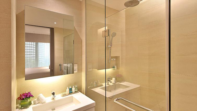 Bathroom at Pan Pacific Serviced Suites Beach Road, Singapore - Citybase Apartments