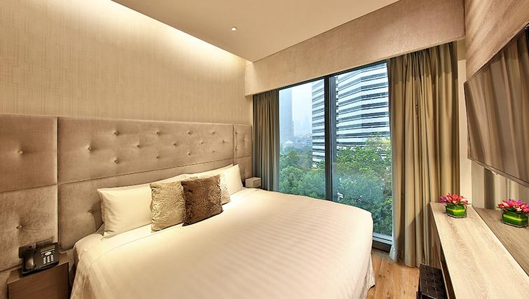 Bedroom at Pan Pacific Serviced Suites Beach Road, Singapore - Citybase Apartments