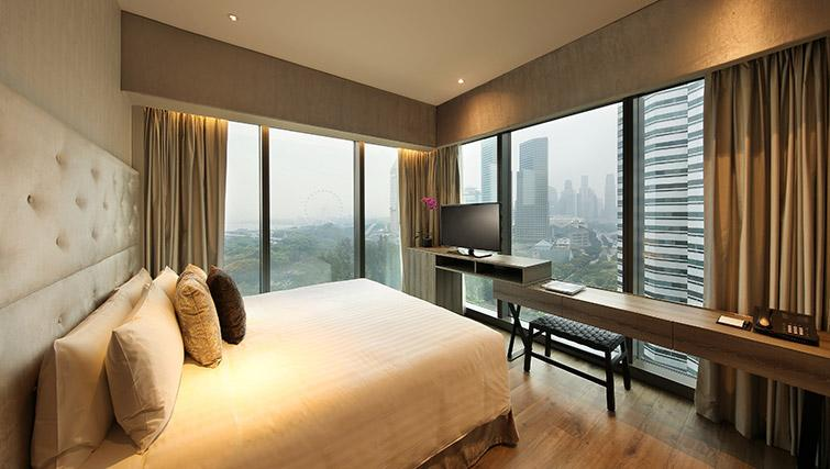 Double bedroom at Pan Pacific Serviced Suites Beach Road, Singapore - Citybase Apartments