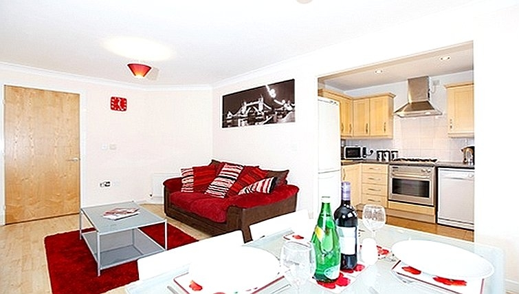 Vibrant living area in Packington Place Apartments - Citybase Apartments