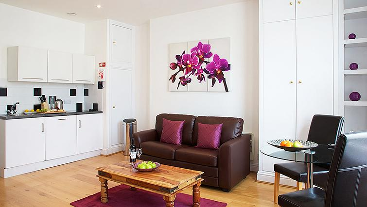 Gorgeous living area in Flying Butler Longridge Road Apartments - Citybase Apartments