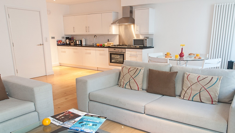 Open plan living area at Clarendon 36 Wellington Street - Citybase Apartments