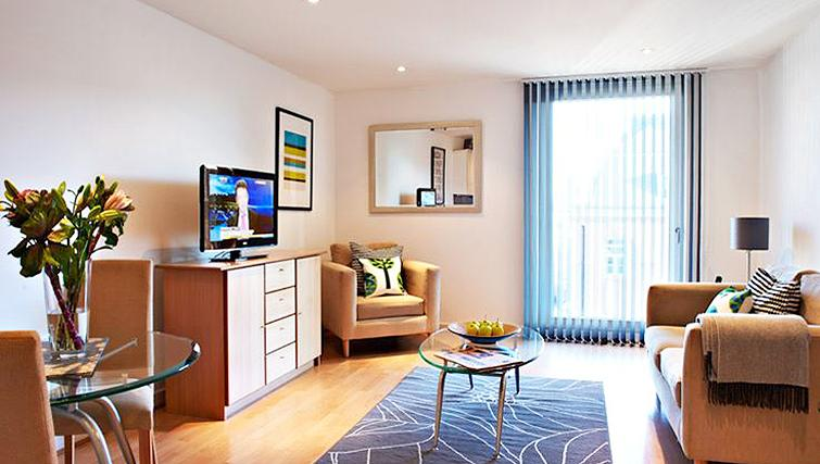 Charming living area in Brewhouse Yard Apartments - Citybase Apartments