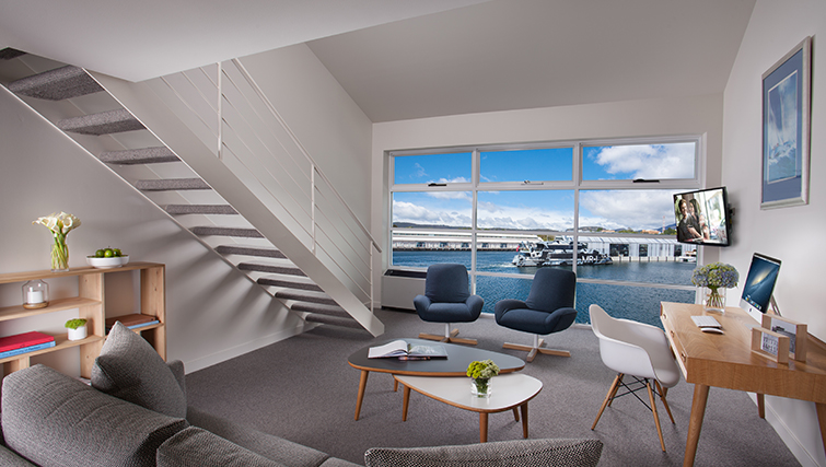 Guest Lounge at Somerset on the Pier Apartments - Citybase Apartments