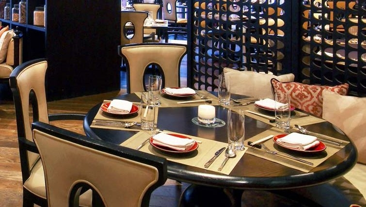 Ideal dining area in W Doha Hotel & Residences - Citybase Apartments
