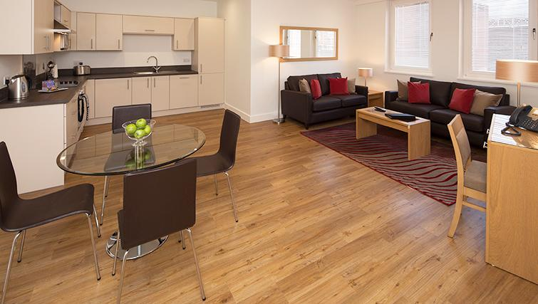 Immaculate living room in 100 Kings Road Apartments - Citybase Apartments