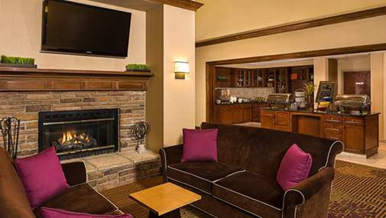 Desirable living area in Homewood Suites Boston Billerica - Citybase Apartments