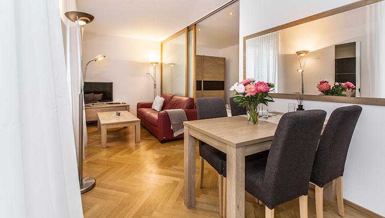 Simplistic living area in Eidmatt Apartments - Citybase Apartments