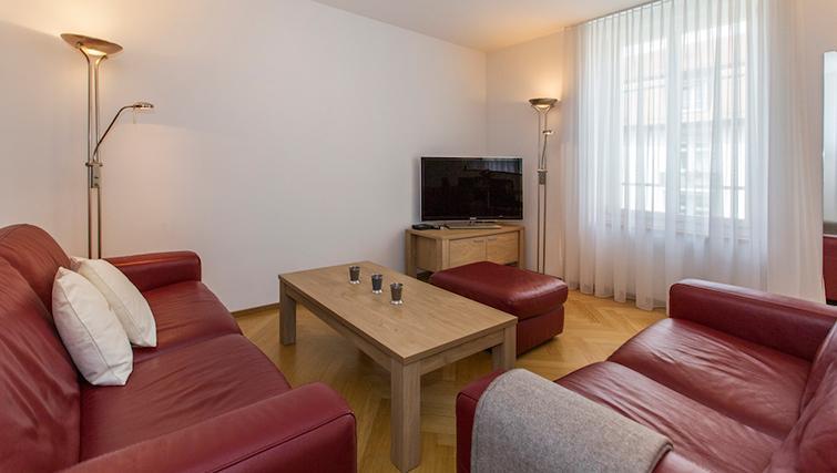 TV at Eidmatt Apartments - Citybase Apartments