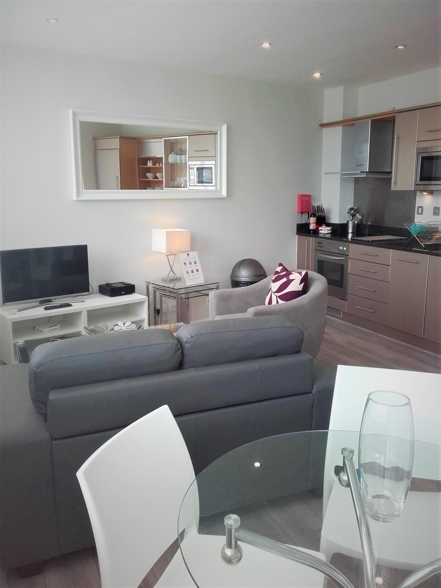 TV at Princes House Apartments - Citybase Apartments