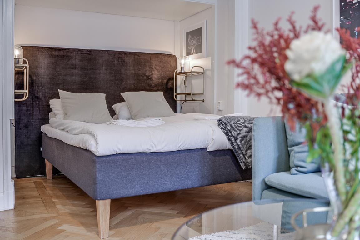 Comfy bed at Rörstrandsgatan Apartments, Vasastan, Stockholm - Citybase Apartments