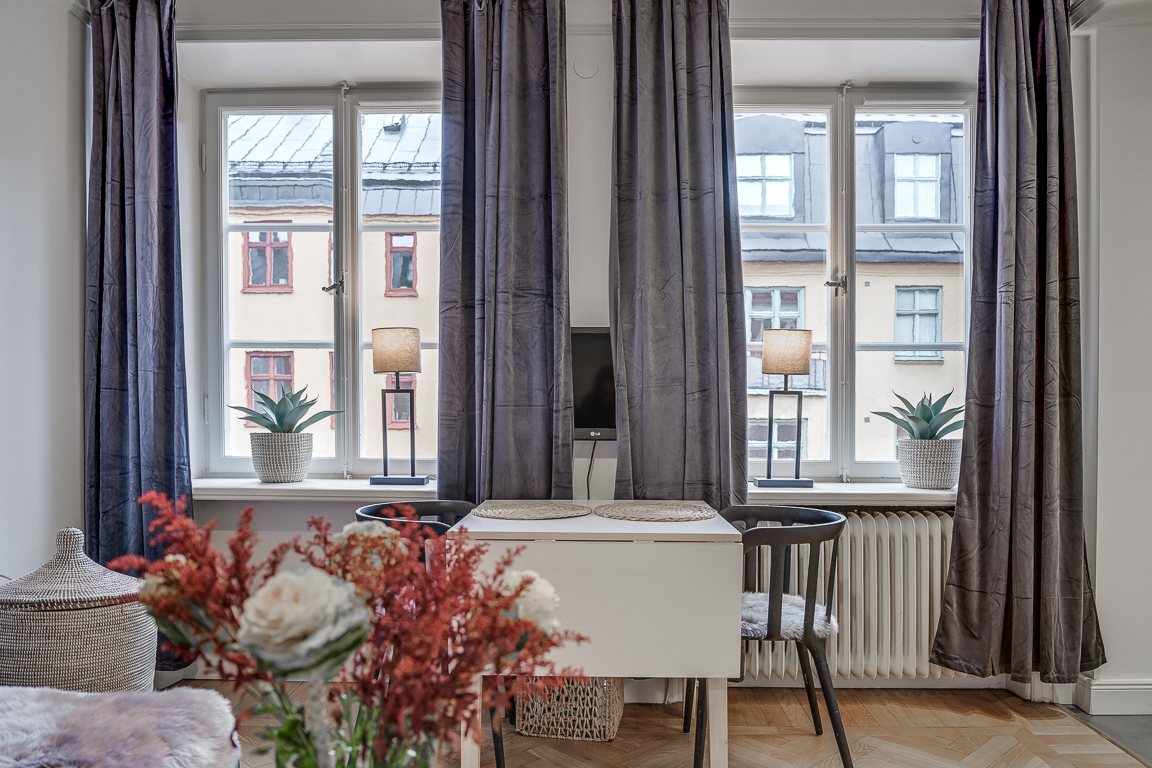 Bright living space at Rörstrandsgatan Apartments, Vasastan, Stockholm - Citybase Apartments