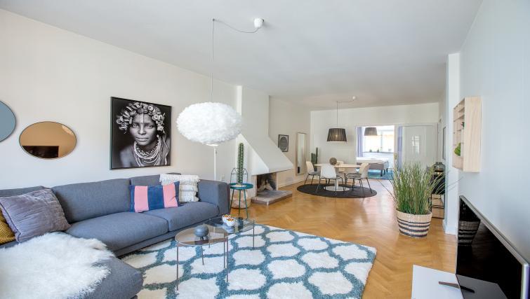 Living area at  Grevgatan Apartments - Citybase Apartments