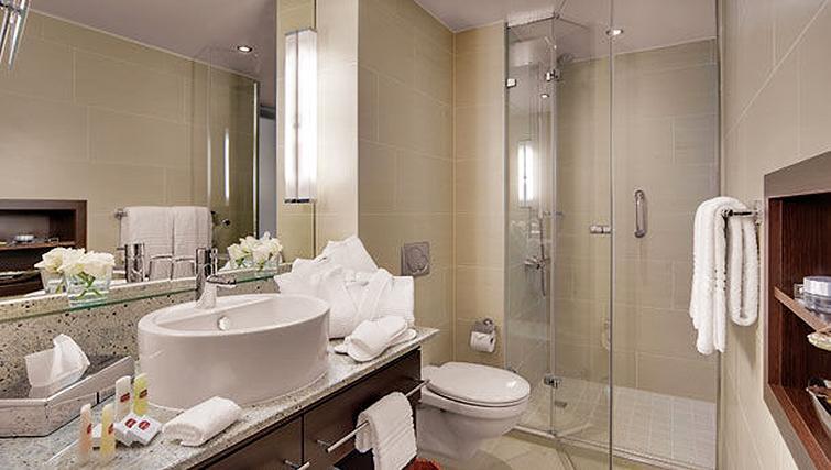 Desirable bathroom in Residence Inn Munich City East - Citybase Apartments
