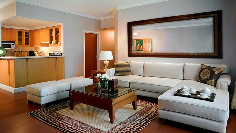 Cosy living area in Marriot Executive Apartments Mayfair - Bangkok - Citybase Apartments
