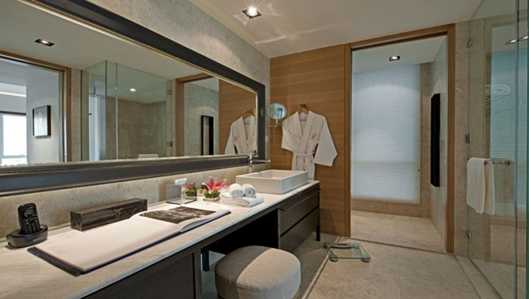 Immaculate bathroom in Lanson Place Bukit Ceylon Serviced Residences - Citybase Apartments