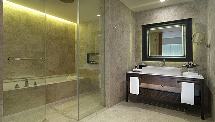 Stunning bathroom in Lanson Place Bukit Ceylon Serviced Residences - Citybase Apartments