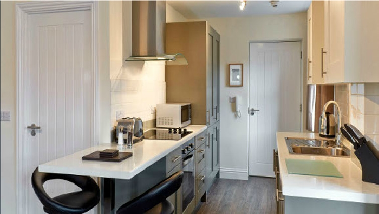 Desirable kitchen in Swan Place Apartments - Citybase Apartments