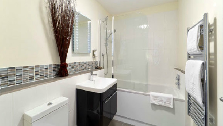 Stunning bathroom in Swan Place Apartments - Citybase Apartments