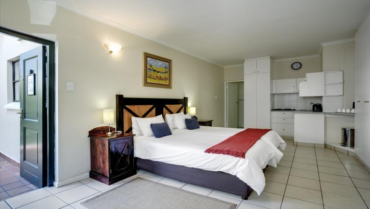 Bedroom at Best Western Cape Suites Hotel - Citybase Apartments