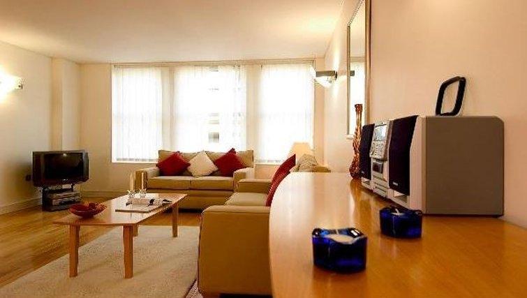 Open living area at Oakwood Bow Lane - Citybase Apartments