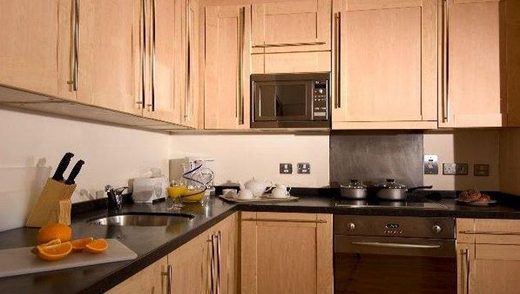 Modern kitchen at Oakwood Bow Lane - Citybase Apartments