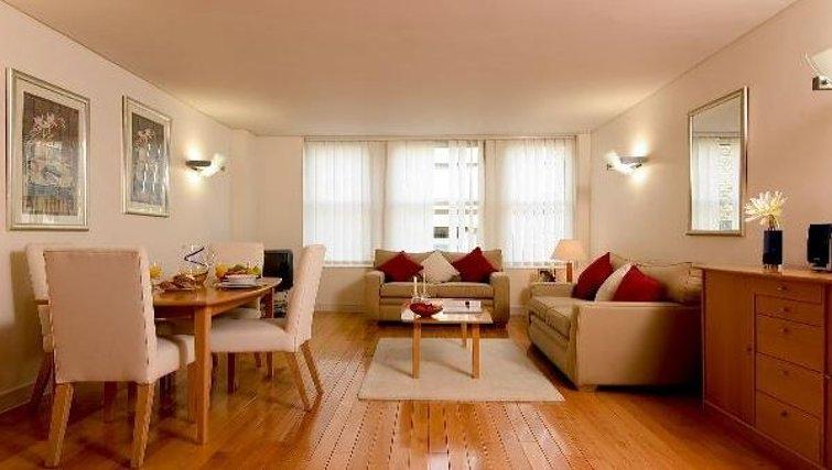 Comfortable living area at Oakwood Bow Lane - Citybase Apartments