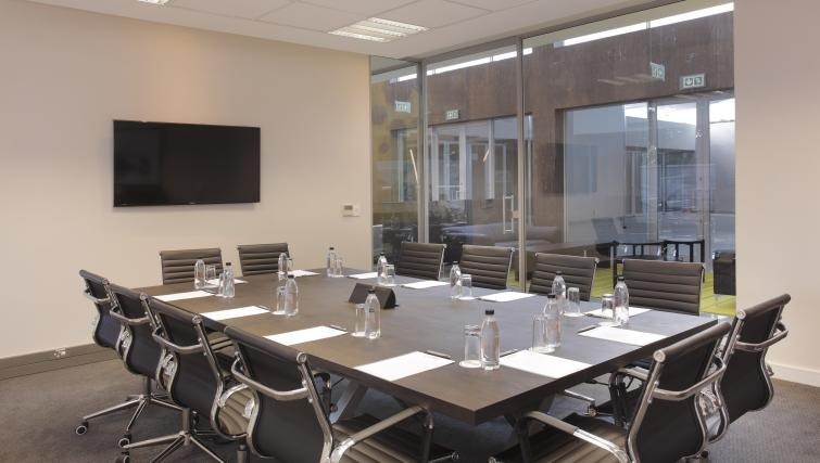 Boardroom at The Capital Empire - Citybase Apartments