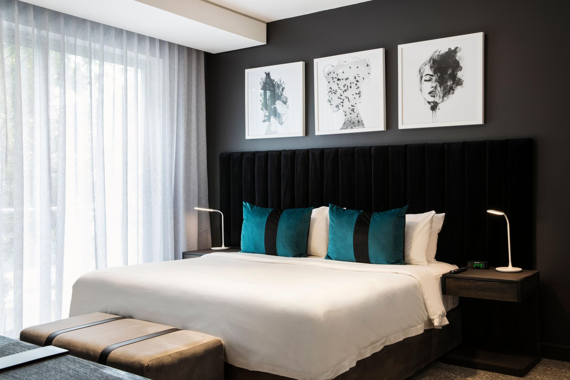 King bed at The Capital Empire, Sandton, Johannesburg - Citybase Apartments