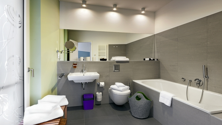 Attractive bathroom in The Circus Apartments - Citybase Apartments