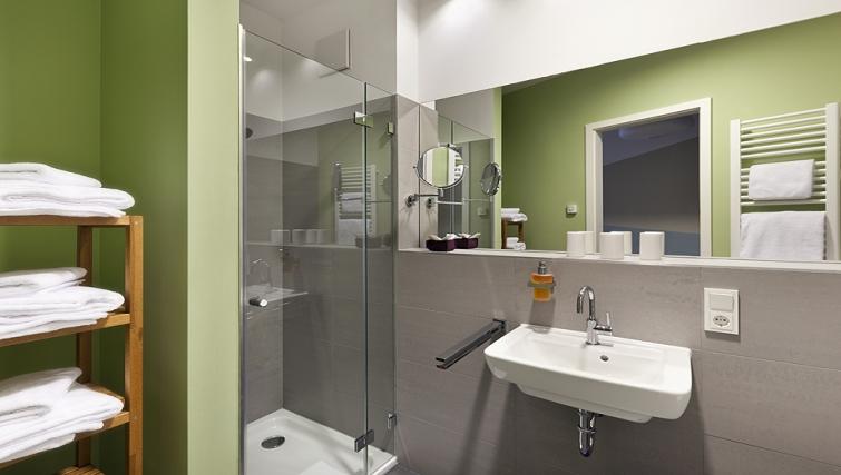 Modern bathroom in The Circus Apartments - Citybase Apartments