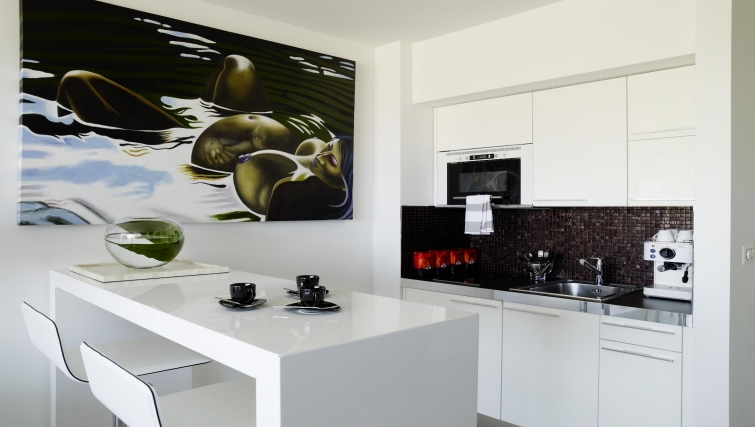 Modern kitchen at Caroline Apartments - Citybase Apartments