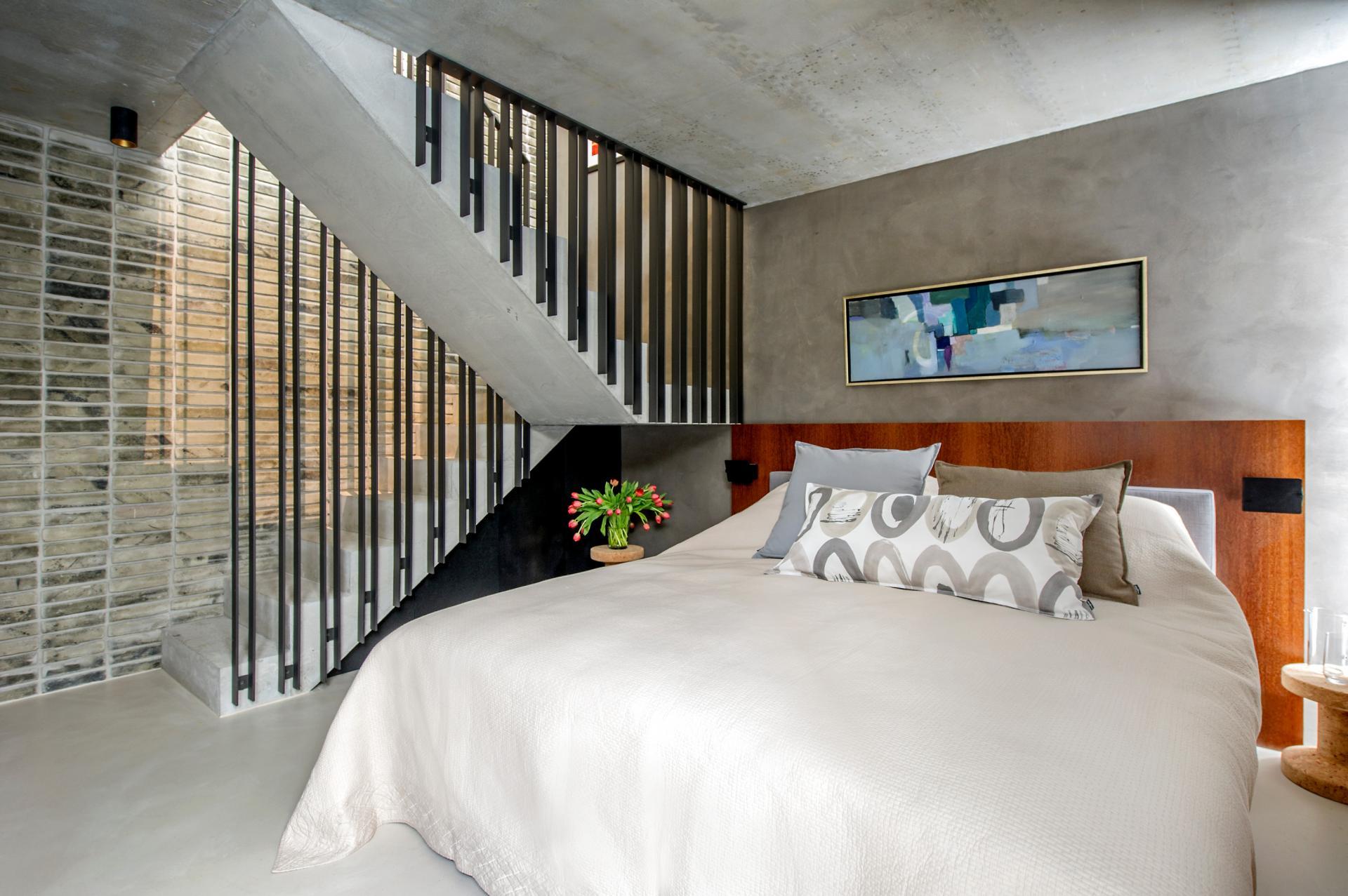 Bed at The Hamlet, Bourg-de-Four, Geneva - Citybase Apartments